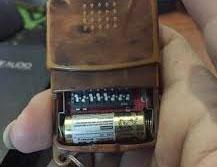 thay pin điều khiển cửa cuốn